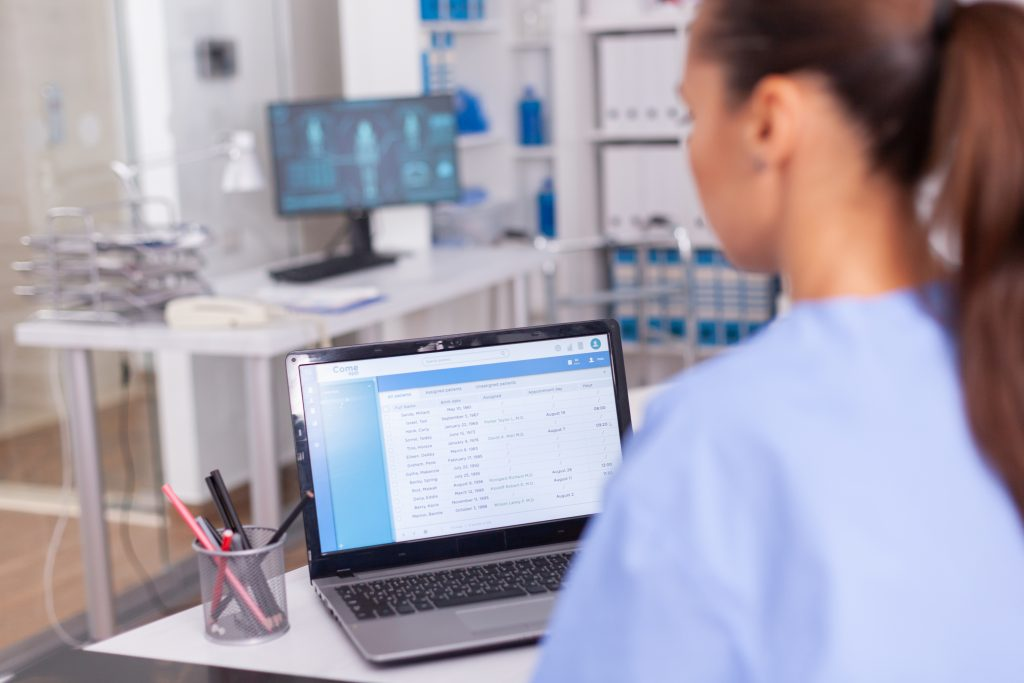 nurse entering anesthesia documentation items to ensure maximum collections